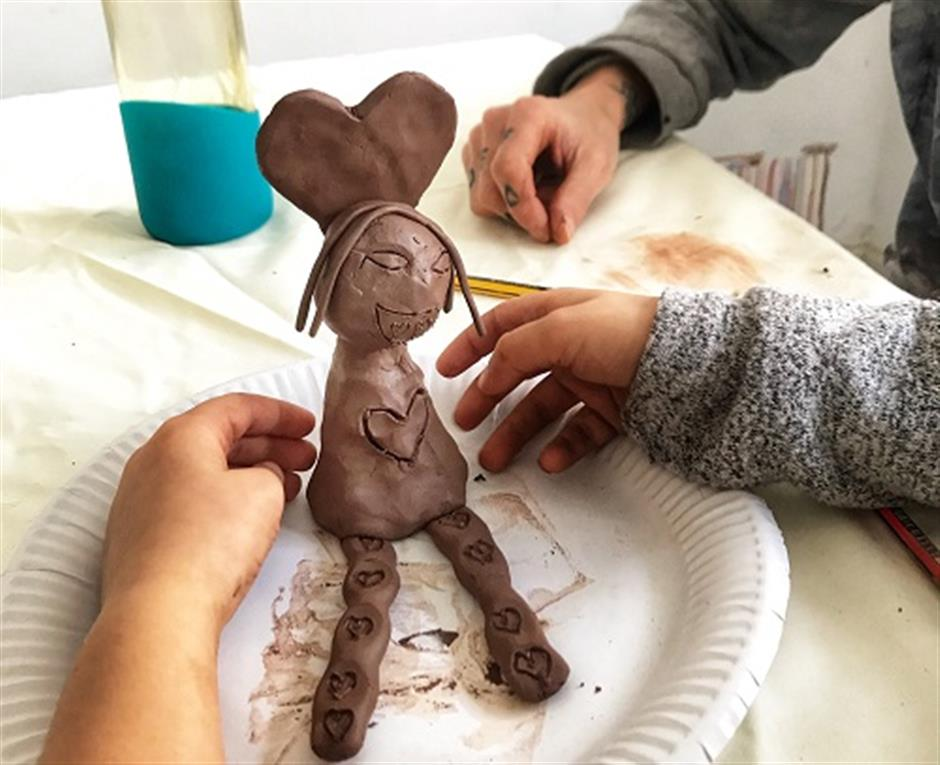 Clay and Ideas Modelling with Estelle Rosenfeld