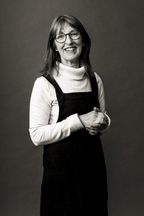 Angela Ludlow
